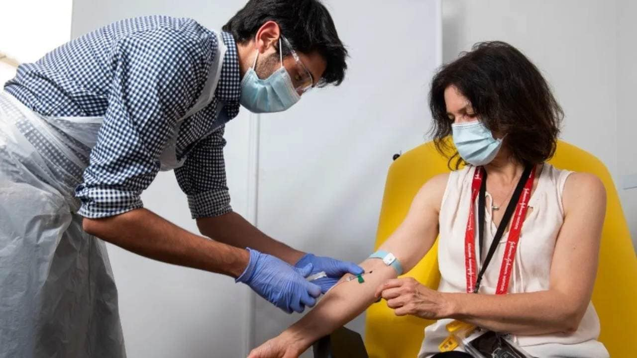 India's medical students can be trained to vaccinate half the population against COVID-19 by Dec 2021