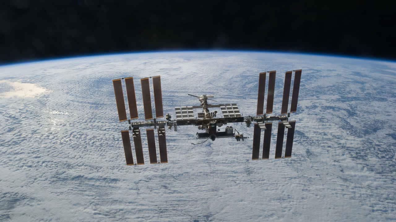 Astronauts pinpoint source of non-standard air leak on ISS, exact location still unknown