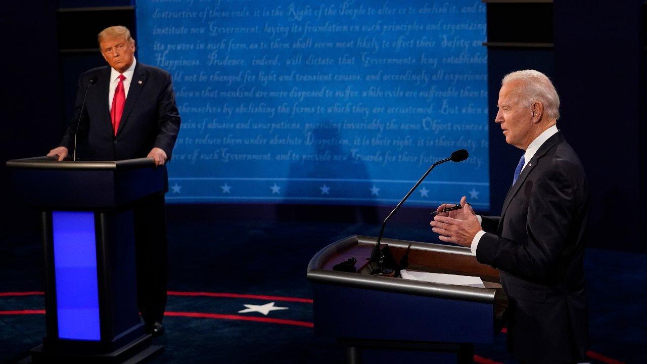 Trump criticizes air in India, China, Russia; calls it filthy in second Presidential debate