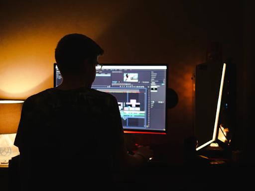 Comfort Of Online Video Editing